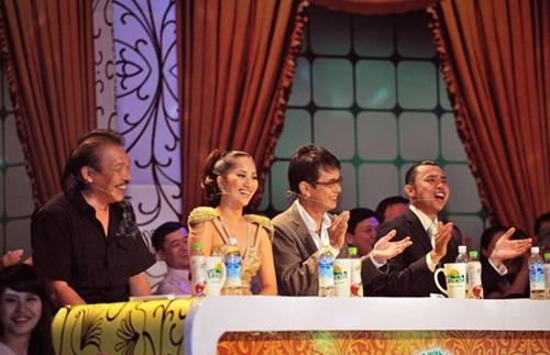 Những 'bóng hồng' trên bàn giám khảo