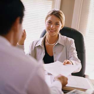Ứng xử với tình huống trớ trêu khi đi xin việc