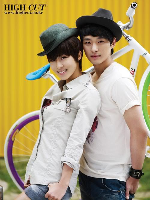 Các cặp anh - chị - em nổi tiếng của showbiz Hàn