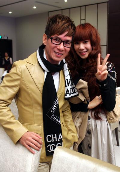 Vợ chồng Lý Hải tình tứ tham gia Singer's day.