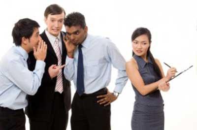 4 cách đối phó với 'gián điệp' công sở
