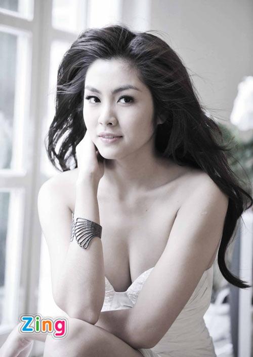 Tăng Thanh Hà: `Ngọc nữ` trên `chiến trường` showbiz